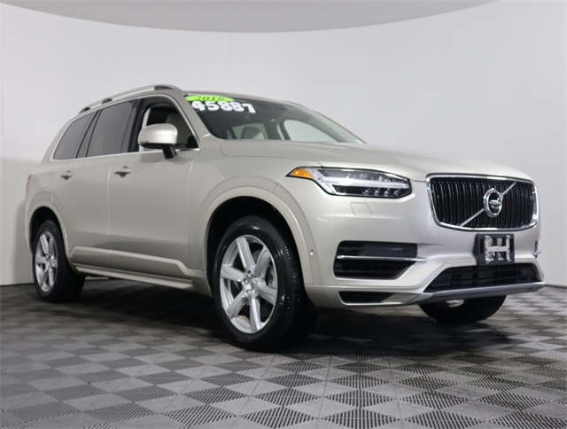 Pre-Owned 2016 Volvo XC90 Hybrid T8 Momentum
